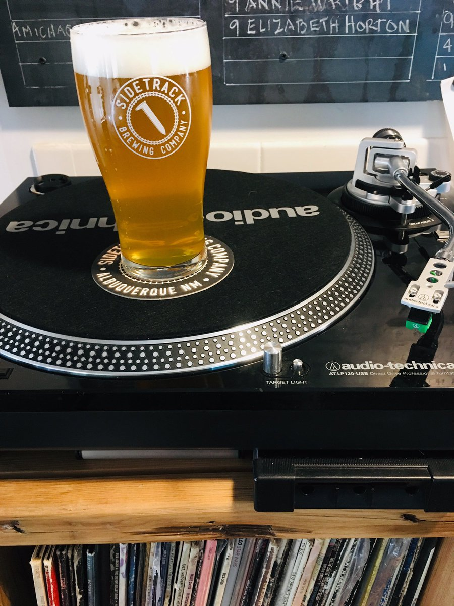 TURNTABLE IPA Our ever evolving IPA series- using the same malt base and yeast but different hops. This version uses CTZ, Chinook and Mosiac for piney, citrus and tropical fruit flavors and aromas. https://t.co/TuGa0HInRa