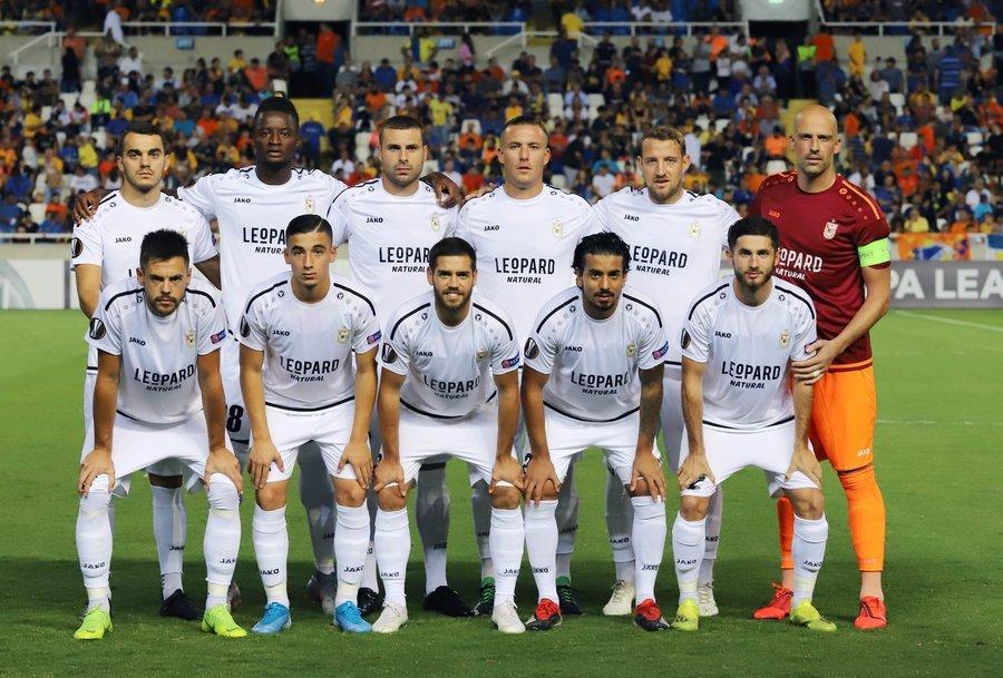 En la temporada 2018/19, fueron el primer club de Luxemburgo en clasificarse a la fase de grupos de la UEFA Europa League. Y hoy, en un duelo de locura contra APOEL (3-4), hicieron historia al ganar su primer partido de etapa de grupos en la UEL. DUDELANGE.