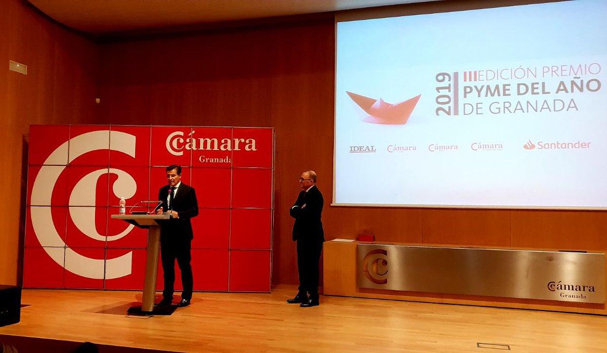 Un placer participar en los Premios PYME del año de #Granada, reconociendo el trabajo de los emprendedores, imprescindibles para conseguir generar empleo y riqueza en nuestra ciudad. #GranadaSaleACompetir