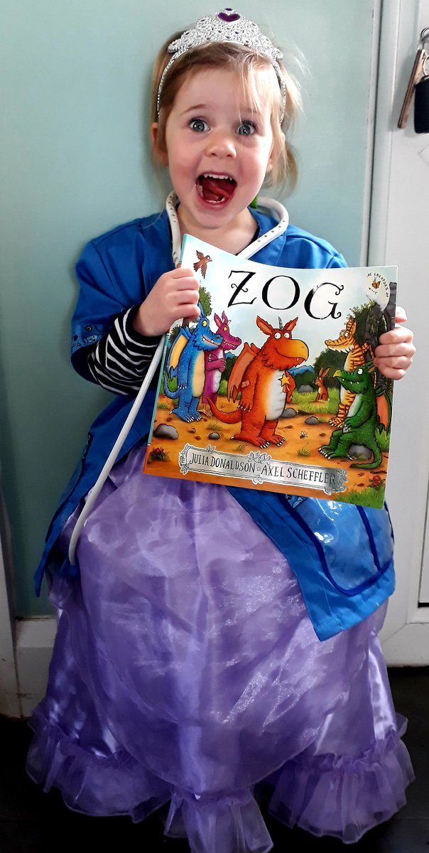 @Booktrust My daughter loves anything by Julia Donaldson especially zog , my favourite childhood book was mog the forgetful cat (Judith Kerr) #TimetoRead