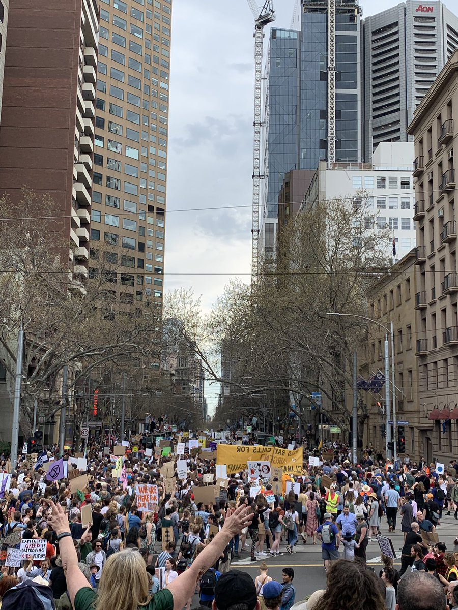 the front of the melbourne #schoolstrike4climate march did its entire lap and returned before the back of the march had even left the park, so we appear to have a self-sustaining loop