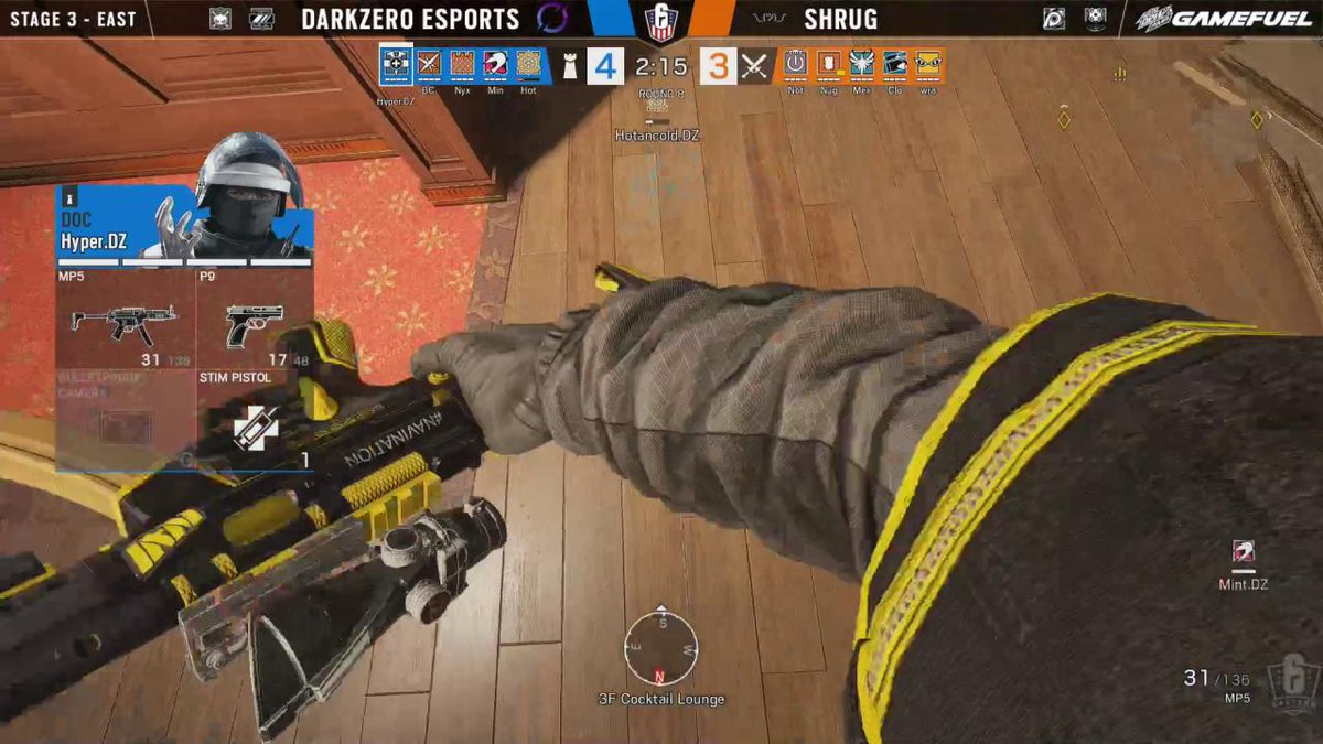 Image for the Tweet beginning: This teamplay from @DarkZeroGG 😍  #R6USN