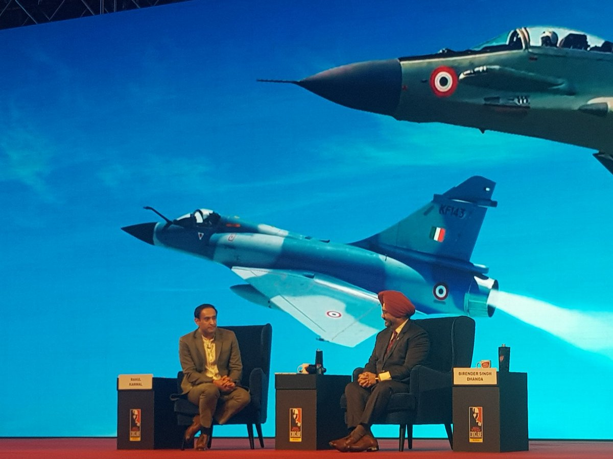 At the #IndiaTodayConclave listening to a brilliant talk by our military hero Air Chief Marshal B.S. Dhanoa, Chief of the Air Force staff. Great interview by @rahulkanwal Thank you @aroonpurie @indiatoday
