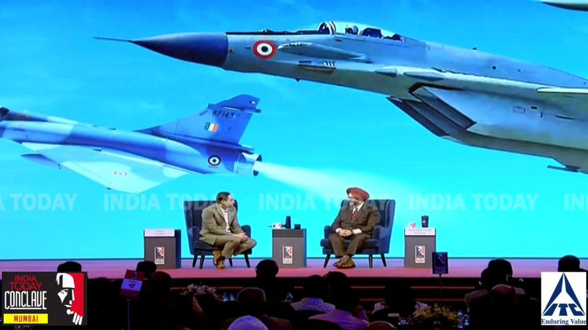 क्या #Balakot स्ट्राइक के बाद भारतीय वायु सेना की ओर बढ़ी है लोगों की रुचि? देखिए इस सवाल के जवाब में क्या बोले वायु सेना प्रमुख बीरेंद्र सिंह धनोवा।#ConclaveMumbai19 @RahulKanwalलाइव देखने के लिए क्लिक करें http://bit.ly/MumbaiConclave19…
