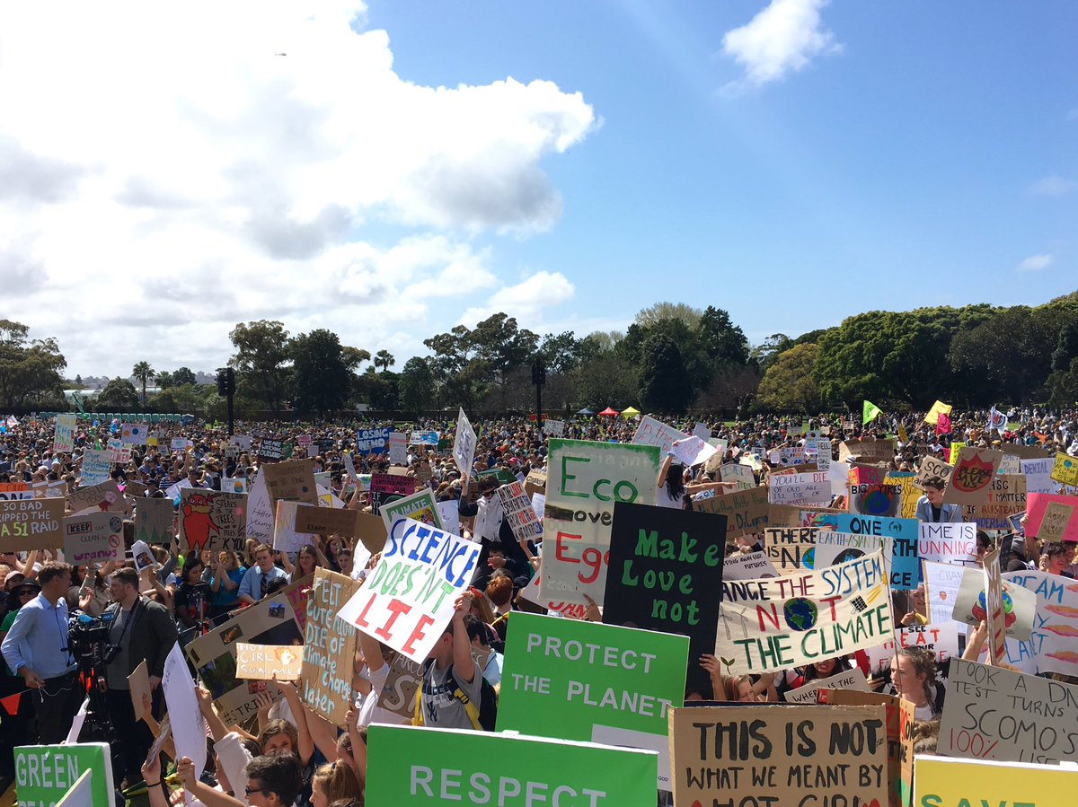 """As global temperatures rise, so will we!"" Tens of thousands of students and workers showed up in Sydney to demand climate action today, and this global movement is just getting started! 👊🏼🌏☀️ #climatestrike #ss4c #schoolstrike4climate"
