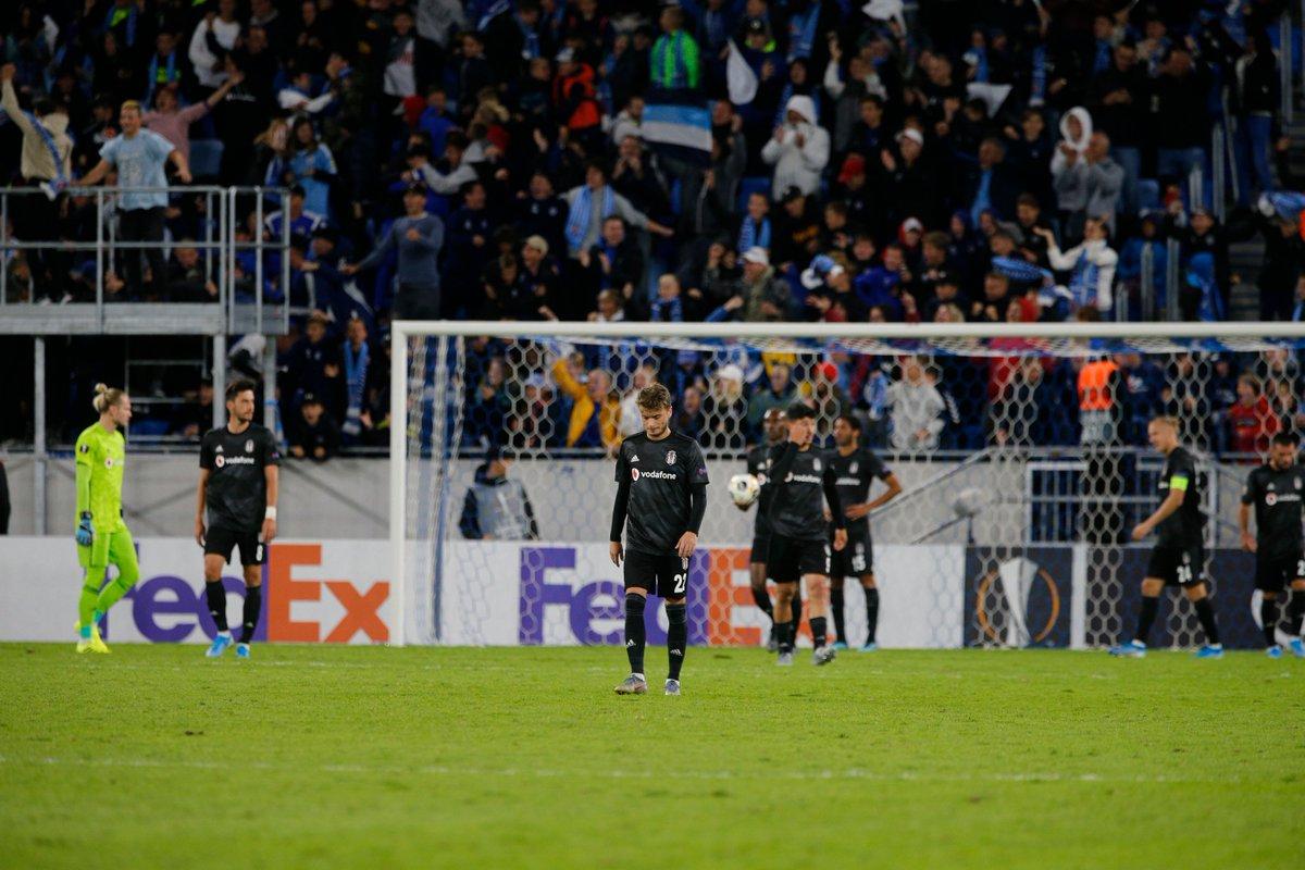 Ali Ece: Farka gitmesi gereken maçta Beşiktaş, mental açıdan ne kadar dağınık olduğunu gösterdi. Orta sahaya çapa olarak alınan Elneny, 2. maçında da stopere yama yapılmaya çalışıldı, olmadı. Lens ve Güven'in oyuna girmesi kadro sığlığının en acı kanıtı.