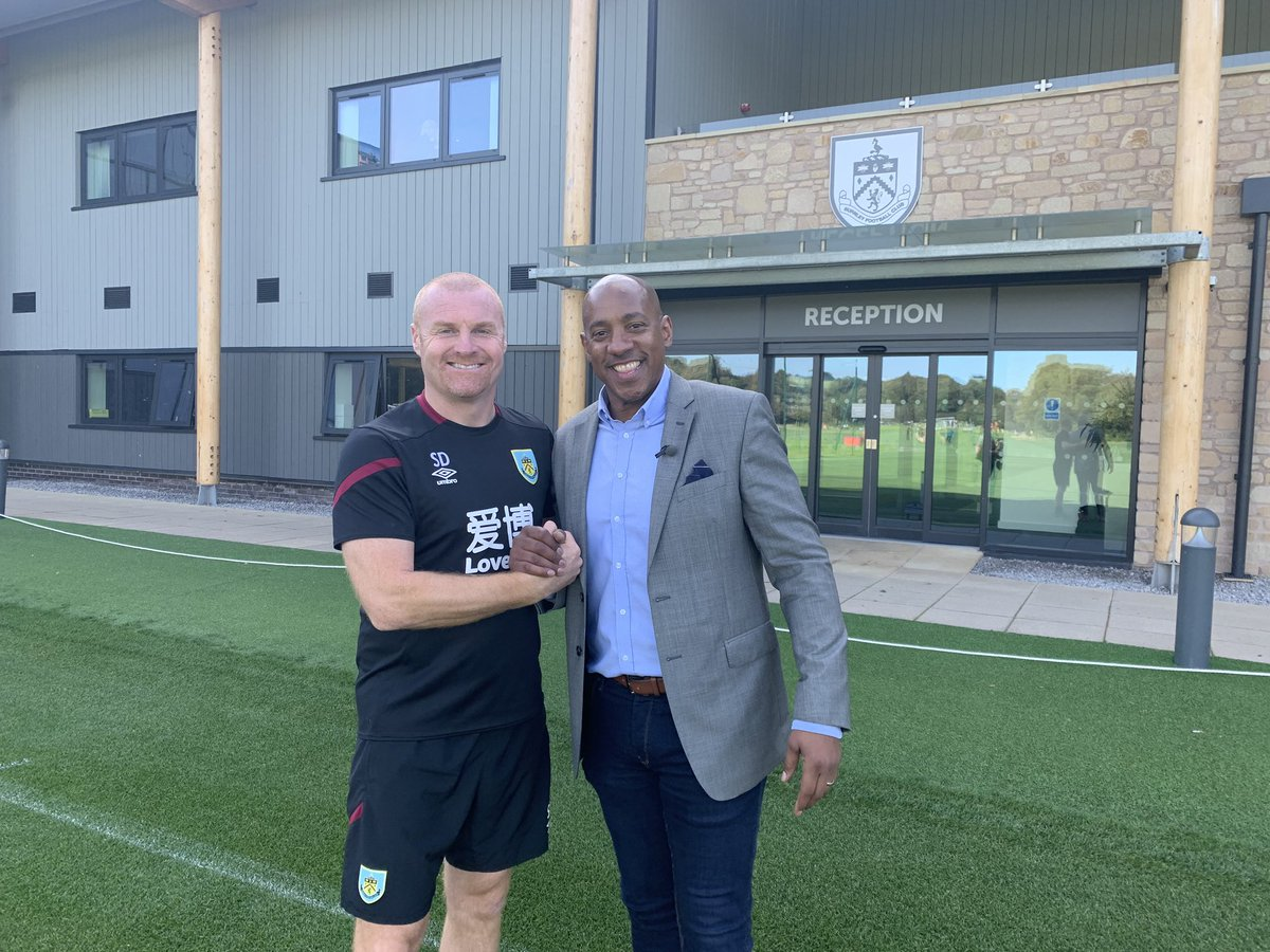 Just a quick THANK YOU to @BurnleyOfficial for their (AAA) hospitality yesterday at the training ground. I was very fortunate to get a one to one chat with my pal,the Boss and good friend Mr Sean Dyche,who was as always ....brutally honest,straight talking and positive! @BBCSport