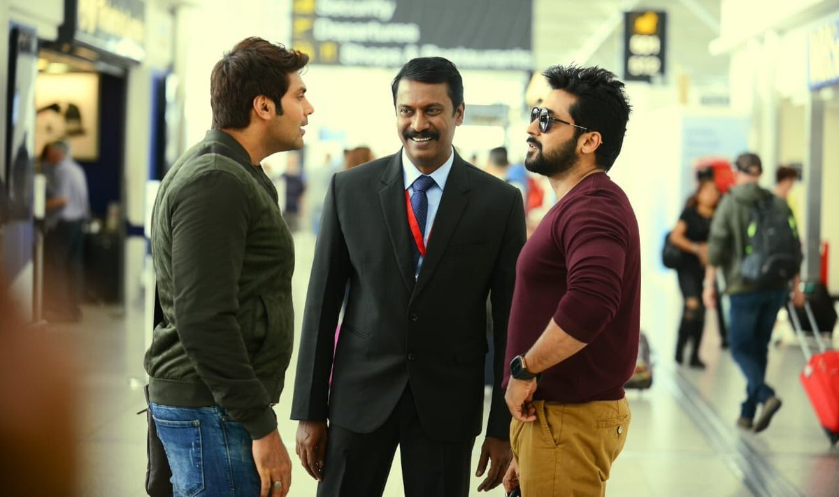 #KaappaanReview :   Done With #FirstHalf! Superb... There is No Boring Scenes.. #Suriya Is Back! With His Humour.. #Mohanlal's Acting Fantastic He Lived As a PM! @thondankani 's Acting Perfect One.   Blasting / Shocking Interval Block!   Remembering #Aarambam   Rating : 3/5 <br>http://pic.twitter.com/5BWOXWPZeD