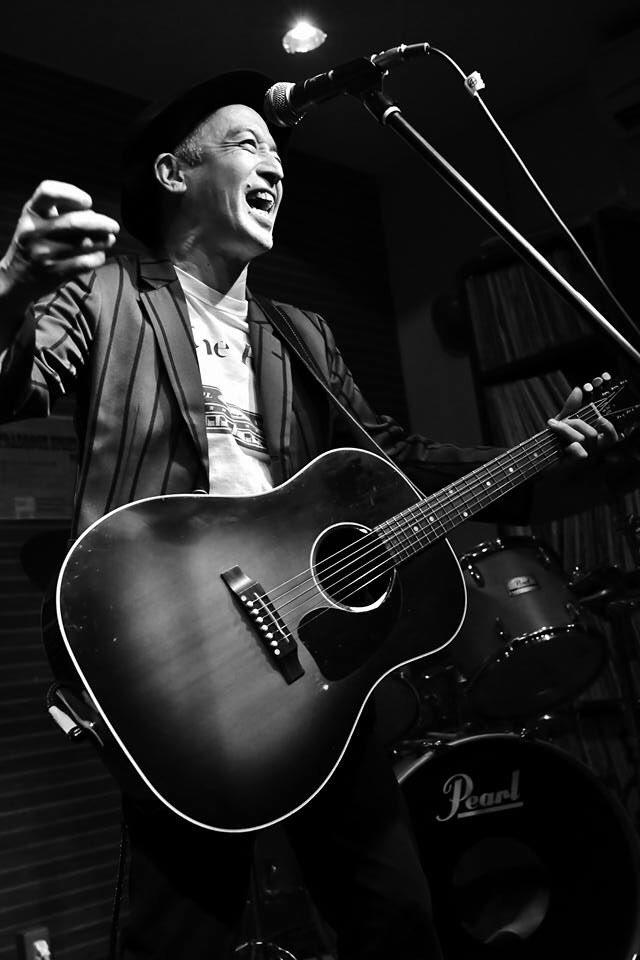 今週末は、新潟県で3連チャン!  新潟、燕、浦佐に、幸せを運ぶよ。  お楽しみに!  「幸せを運ぶ男」高田エージ デビュー40周年記念 Thank You Japan Tour 2019  09/20(金)新潟BAR 3000W  09/21(土)燕Room 217 09/22(日)南魚沼市浦佐Live Cafe LEON