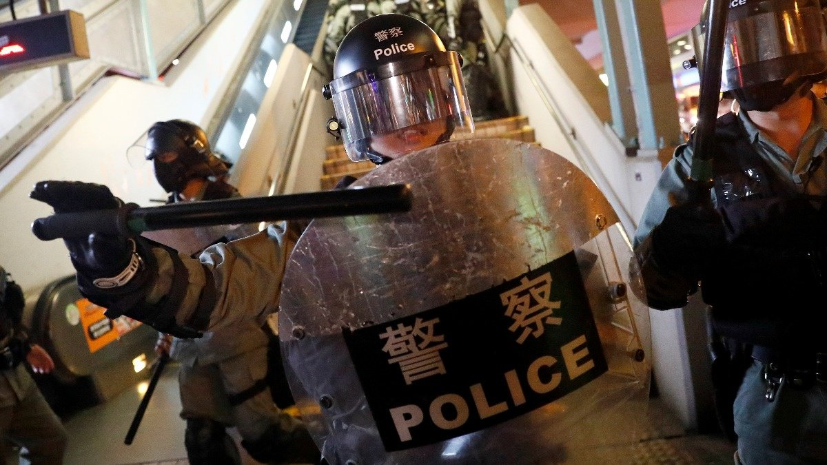 Hong Kong police accused of 'torture' https://reut.rs/30un2Cl