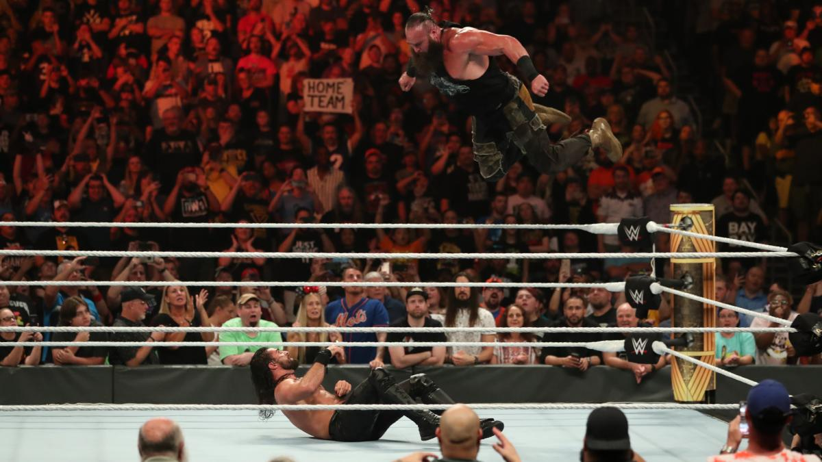 30 Greatest Photos From #WWE's Clash Of Champions 2019 - https://www.themix.net/2019/09/30-greatest-photos-from-wwes-clash-of-champions-2019/…#BraunStrowman #ClashOfChampions #SethRollins #TheFiend