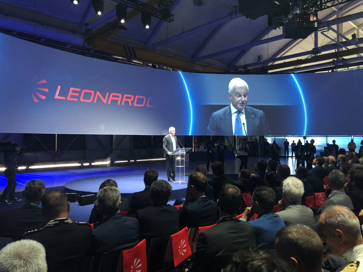 Alessandro Profumo @LDO_CEO: the delivery that we celebrate today represents a further milestone of a product that is part of the world helicopter history, a symbol of the Italian ability to create the conditions for synergies and winning international collaborations #Grazie1000