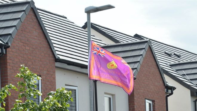 Belfast councillors recommend public consultation about what flags can be flown, where and when: https://bbc.in/30E85xS