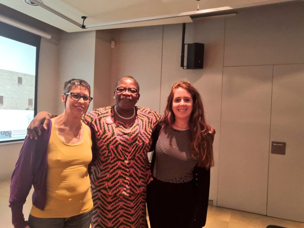 Congrats @AnaGlezRms for your effort in this #research about how the social networks can be a powerful tool for changing the status quo and turn it #feminist and thank you,@obyezeks, for your inspirational speech. You're a such great example of Character, Competence and Capacity. https://t.co/6wWxnLeydB