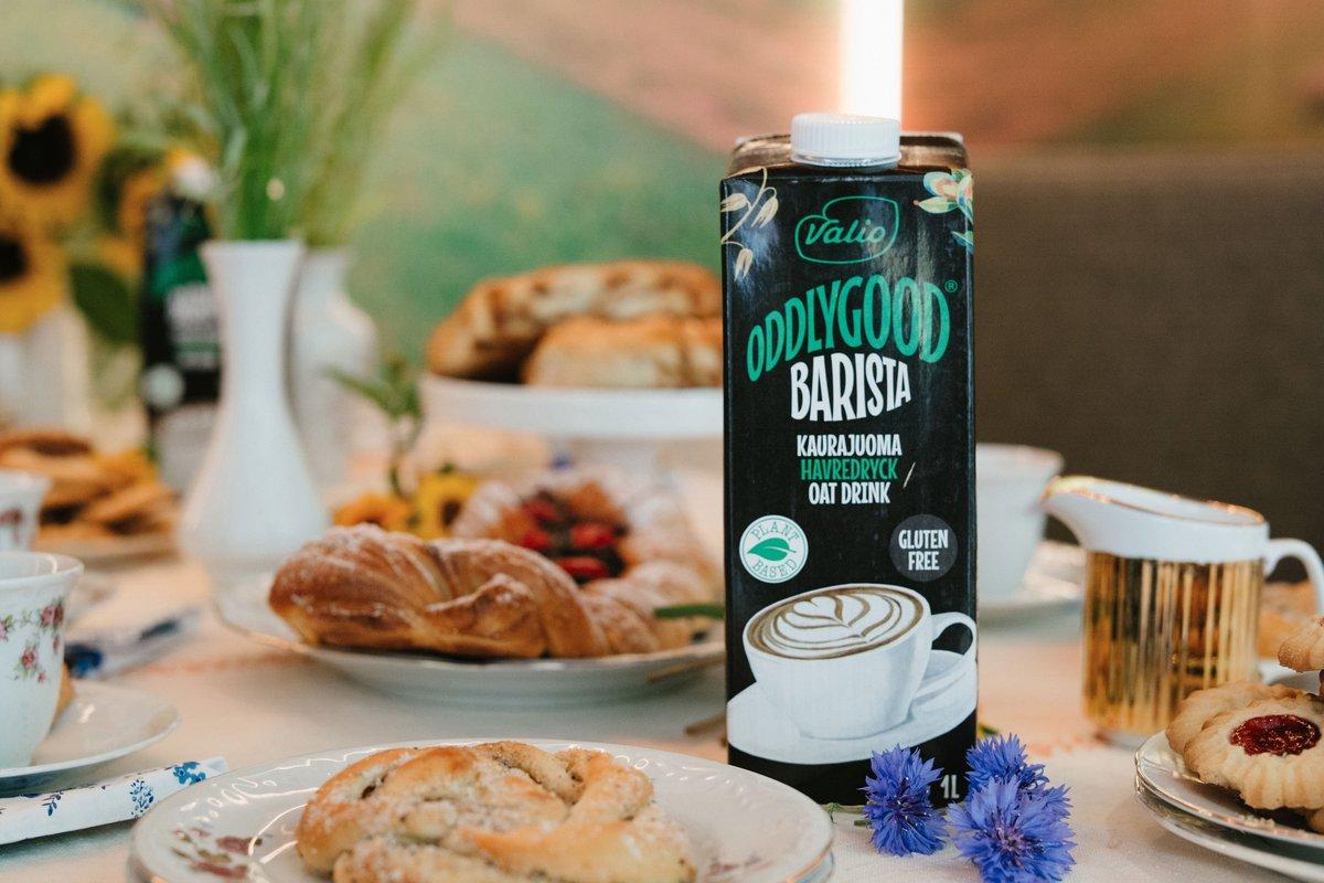 Представляем в России новый Valio Oddlygood® Barista – растительный напиток без глютена, идеальный для капучино! https://t.co/dIMsnb9282 https://t.co/xfbLtAI45W
