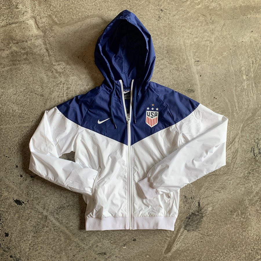 4-Star Swag 🇺🇸Rep the world champs in style with this classic Nike windbreaker with the golden 4th 🌟—https://u90soccer.com/usa-womens-nsw-4-star-windrunner-jacket-153291.html…—#uswnt #uswomenssoccer #rapinoe #meganrapinoe #4star #womensworldcup #wwc #wwc2019 #nikewindbreaker #usa #ussoccer #alexmorgan #merica #fifawwc