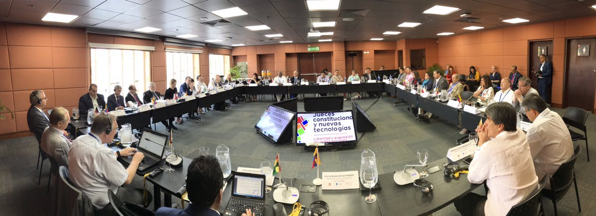 Inicia en #Cartagena Colombia 🇨🇴 reuniones privadas del XXV Encuentro Anual de presidentes y Magistrados de  Tribunales, Cortes y Salas Constitucionales de América Latina con la @CConstitucional 🇧🇴🇧🇷🇨🇱🇨🇴🇨🇷🇸🇻🇪🇨🇬🇹🇭🇳🇳🇮🇵🇦🇵🇾🇵🇪🇩🇪🇺🇾🇩🇴 Bienvenidos magistrados! #EncuentroTribunales