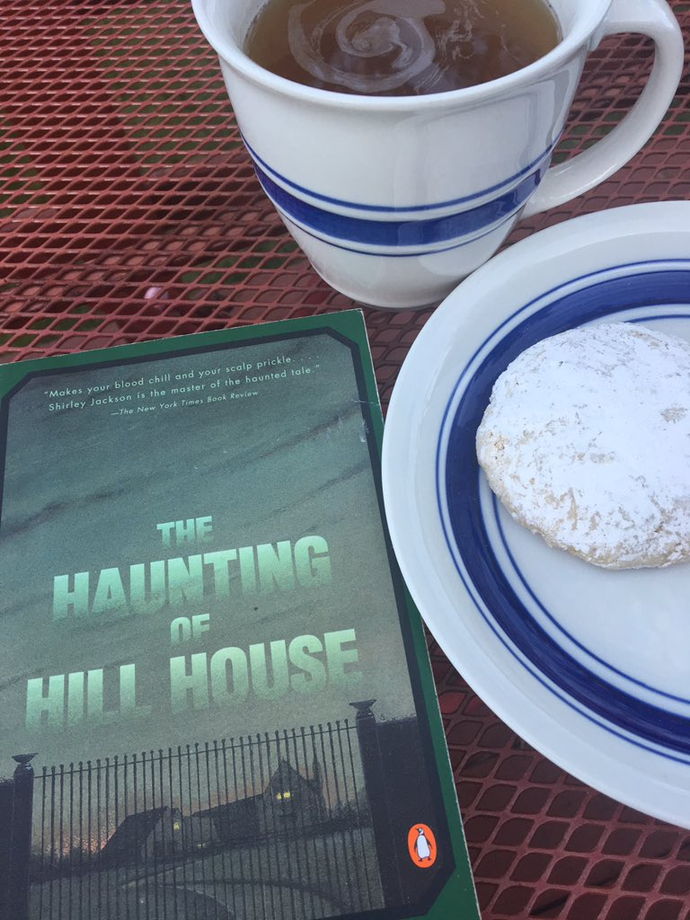 Chai tea, a cardamom cookie, and a reread for #FridayReads. <br>http://pic.twitter.com/zvv6ax4Re5