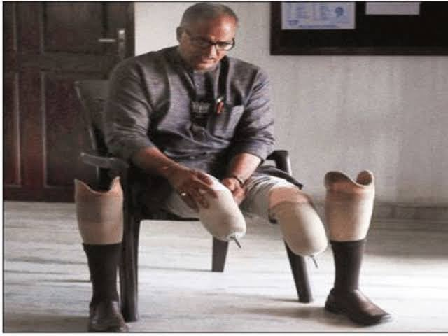 Years ago, PM Modi told tragic story of Sadanandan Master to world In 1994, Communists in Kerala chopped both his legs bcoz he was from RSS Today a girl called Yamuna Bharati S secured 1st rank in Civil Engineering at Calicut University Shes daughter of Sadanandan Master