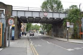 This weekend (20 - 23 September) there will be temporary traffic lights in Wood Street, #Walthamstow, while work takes place on the railway bridge. Delays are likely and motorists are advised to use alternative routes if possible.