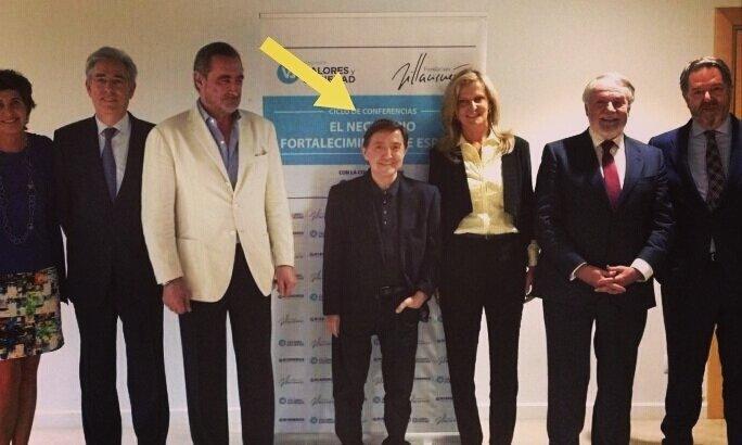 ¿Cuánto mide Federico Jiménez Losantos? - Altura EE6LFfqXUAA-Nzo