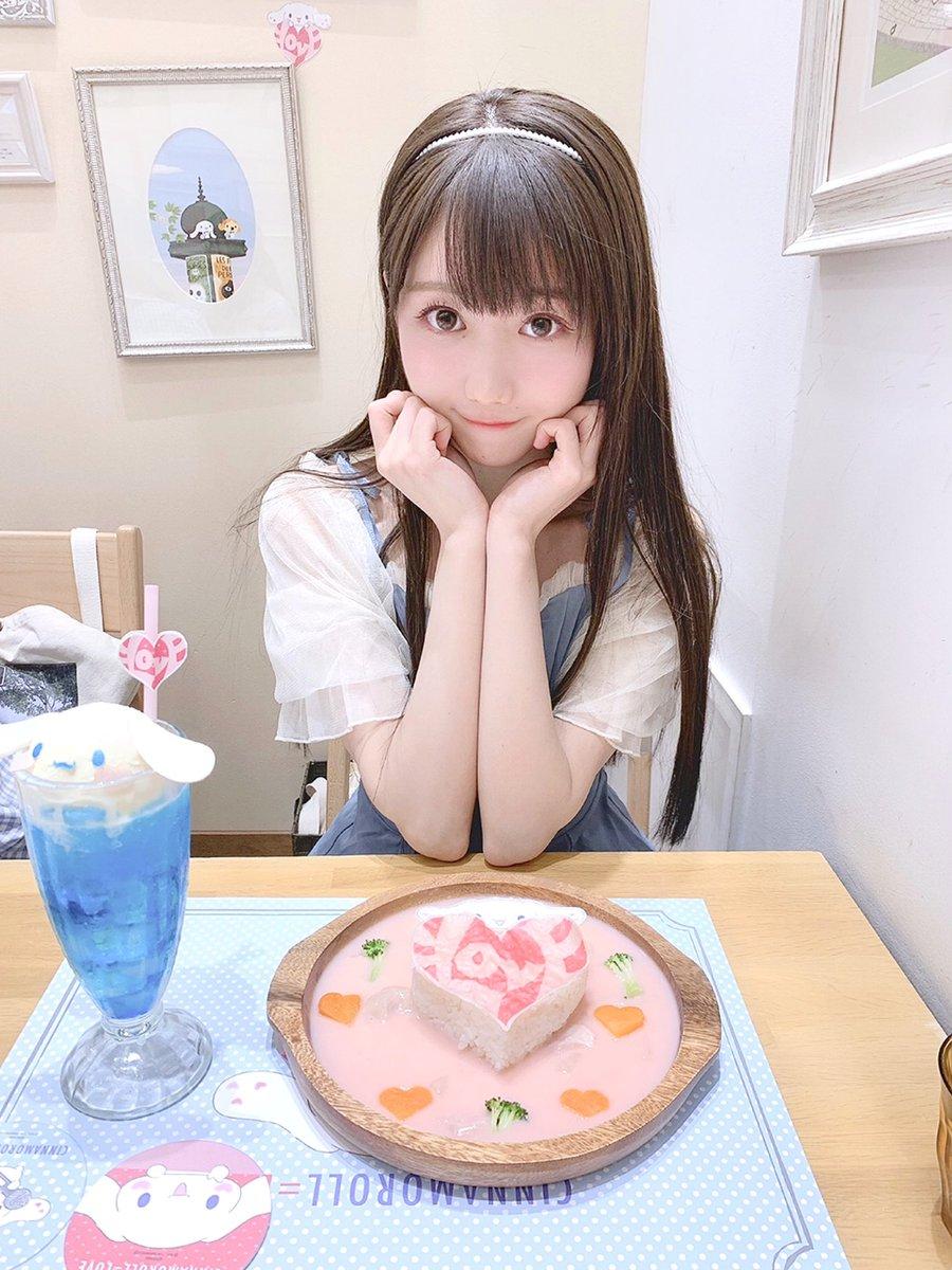 シナモロールカフェにお邪魔しました シナモン × イコラブ のメニュー とっても可愛くて美味しいの… 幸せ空間でしたごちそうさまです☺️...