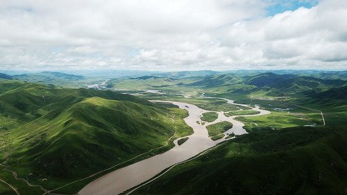 China earmarks 10 bln yuan for ecological restoration projects http://xhne.ws/CNJSS