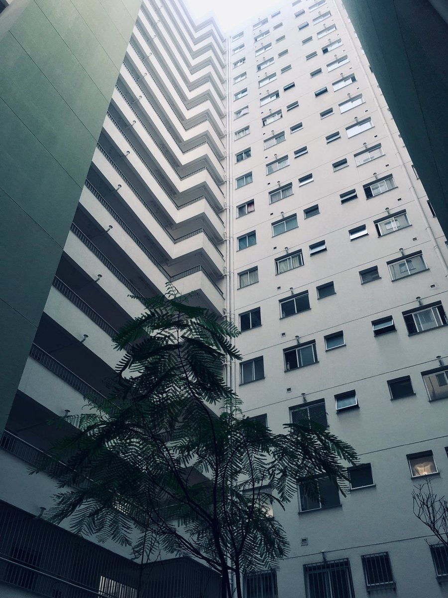 1,202 apartments, 914 unities reserved for low-income families, including a new school, daycare, sports and leisure facilities, parks and a commercial center 🔝JULIO PRESTES COMPLEX #SaoPaulo @WBG_Cities's visit. Public-Private Partnership supported by #IFC #theGPSC