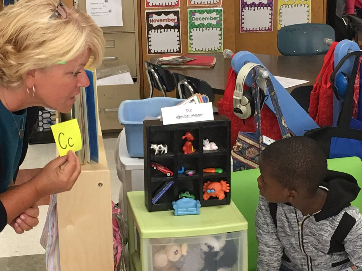 @tkrisak introduces the alphabet museum to her class - The letter C - @bfes_ltps #bfrocks @mhayes611 #Kindergarten