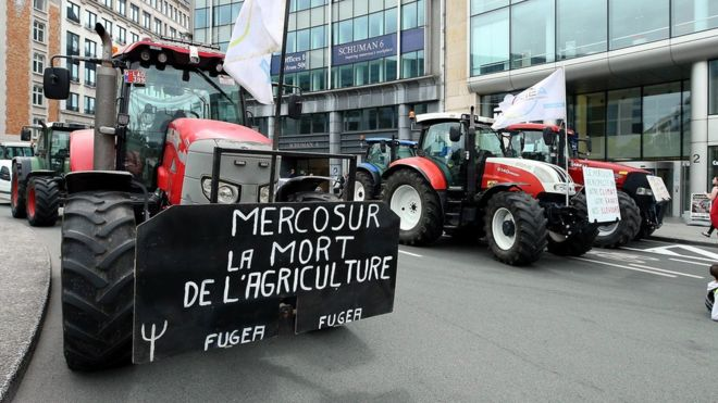 Meanwhile, in the EU27...Austria blocks EU trade deal with Mercosur (Brazil, Argentina, Uruguay and Paraguay). https://www.bbc.co.uk/news/world-europe-49753210…