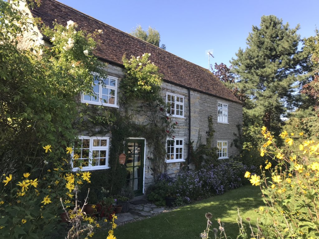 Long weekend break in our favourite holiday cottage. #Cotswolds #tranquility