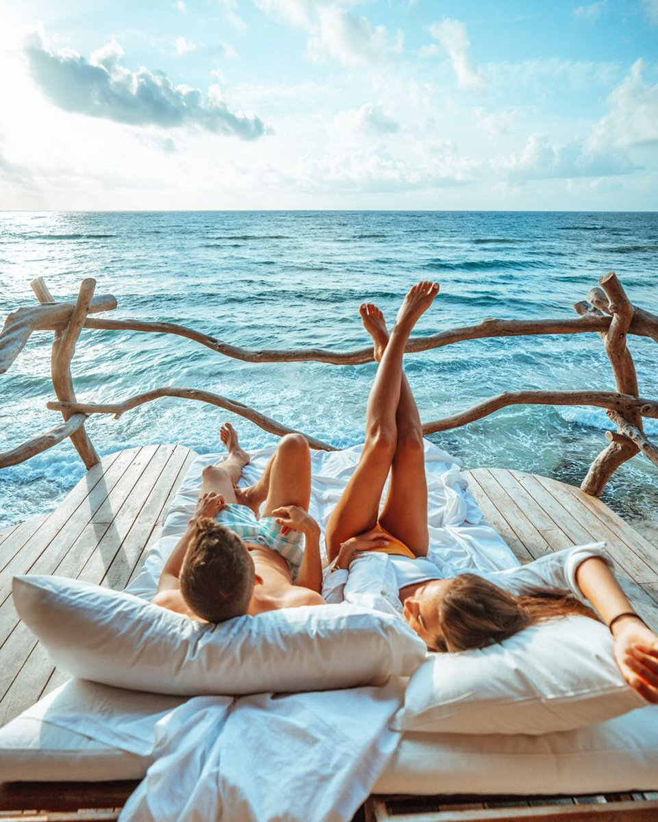 ¿Cuál es nuestro secreto? Siempre tenemos actitud de verano. : TulumTulum   : lovelifepassport vía IG  Vía #CaribeMexicopic.twitter.com/Y1LrvF6QOS