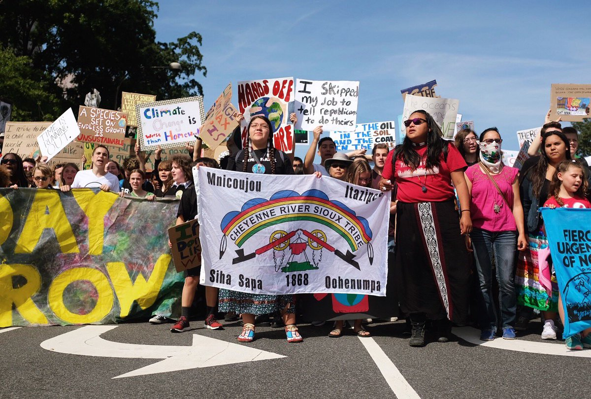 Climate change is not an issue we can push under the rug of future generations.   We are the last generation who will have a choice to begin to reverse the impacts of global warming.   It was so humbling being part of a global movement of young people at the #Strike4Climate https://t.co/VbBdvOc38F