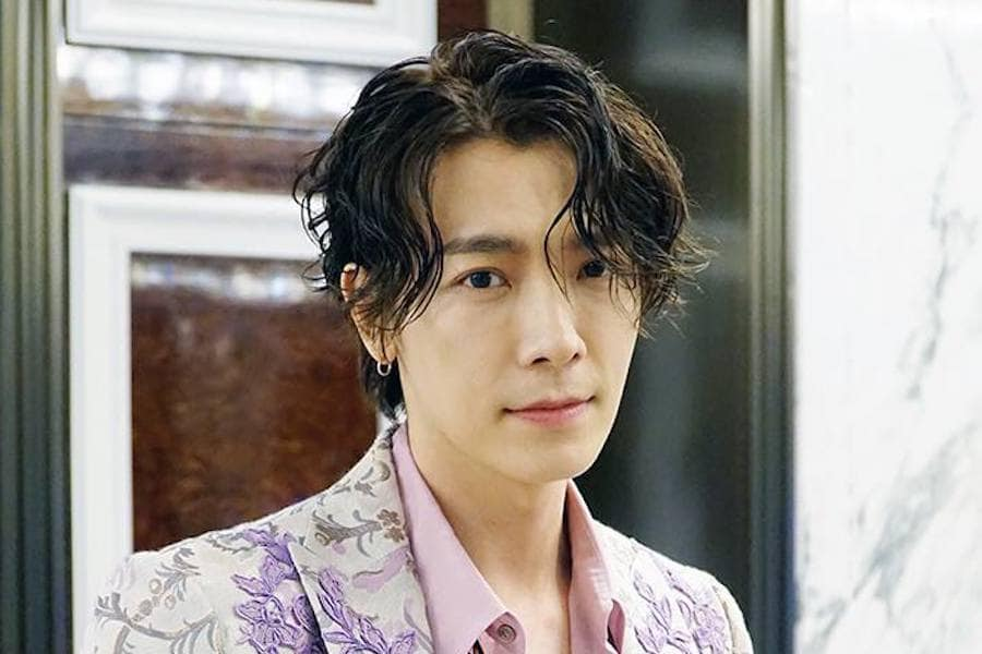 #SuperJunior's #Donghae Asks Sasaengs To Stop Calling Him  https://www. soompi.com/article/135376 9wpp/super-juniors-donghae-asks-sasaengs-to-stop-calling-him  … <br>http://pic.twitter.com/c25D5tIUOe