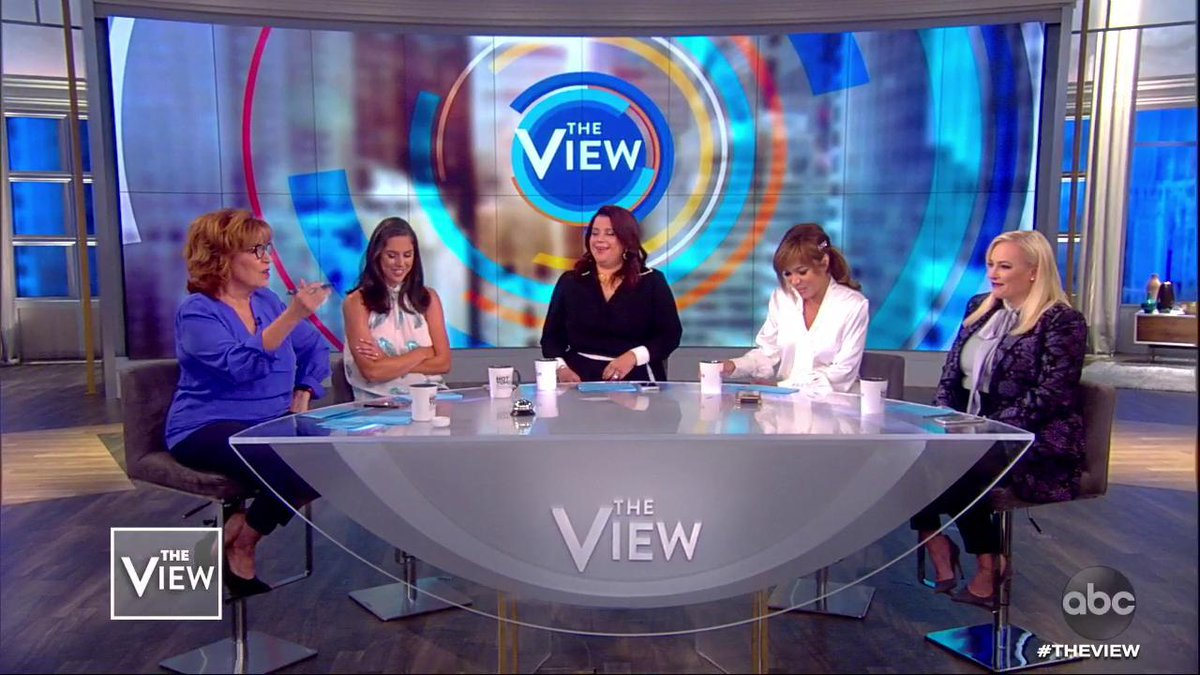 """LET MEN TAKE THE LEAD? Singer Fantasia has sparked some debate after saying to """"let the man be the head of the house"""" — the co-hosts weigh in if they agree. abcn.ws/2CcjBVI"""