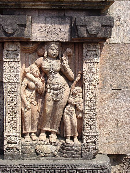 """g katyan misra on Twitter: """"details of above Sculpture, River Goddess Yamuna  who are those two shown in that garland type? yam & yamuna? beautifull  Indian Sculptures… https://t.co/dmwGT6A5Z0"""""""