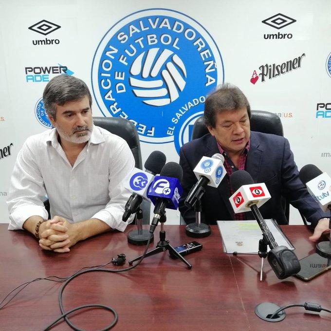 Guadalajara, Mexico: Eliminatoria final de CONCACAF para Juegos Olimpicos de Tokio, Japon 2020. EE7JfwlX4AAMbc4?format=jpg&name=small