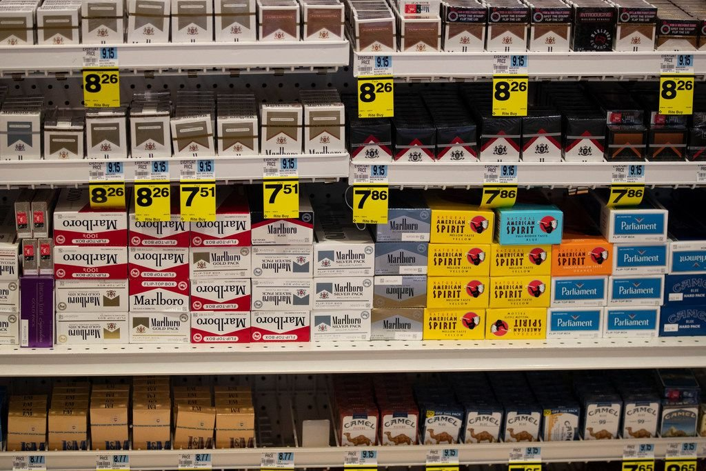 Walmart to stop selling e-cigarettes amid national outbreak of vaping illnesses
