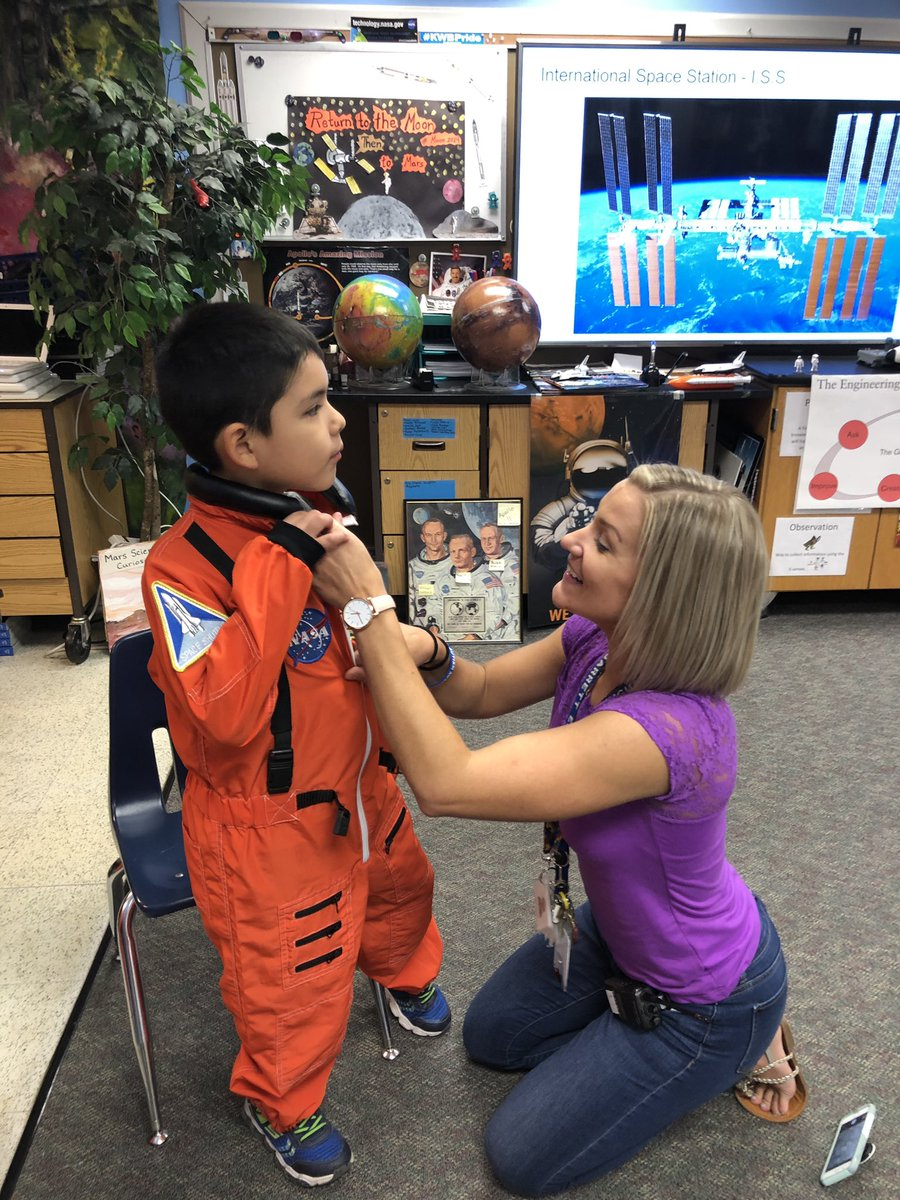 Student astronaut in Ms Cunningham's class blasts off with the NASA space shuttle <a target='_blank' href='http://twitter.com/KWBCunningham'>@KWBCunningham</a> <a target='_blank' href='http://search.twitter.com/search?q=KWBPride'><a target='_blank' href='https://twitter.com/hashtag/KWBPride?src=hash'>#KWBPride</a></a> <a target='_blank' href='http://search.twitter.com/search?q=countdown'><a target='_blank' href='https://twitter.com/hashtag/countdown?src=hash'>#countdown</a></a> <a target='_blank' href='https://t.co/VXL2PpwsBj'>https://t.co/VXL2PpwsBj</a>