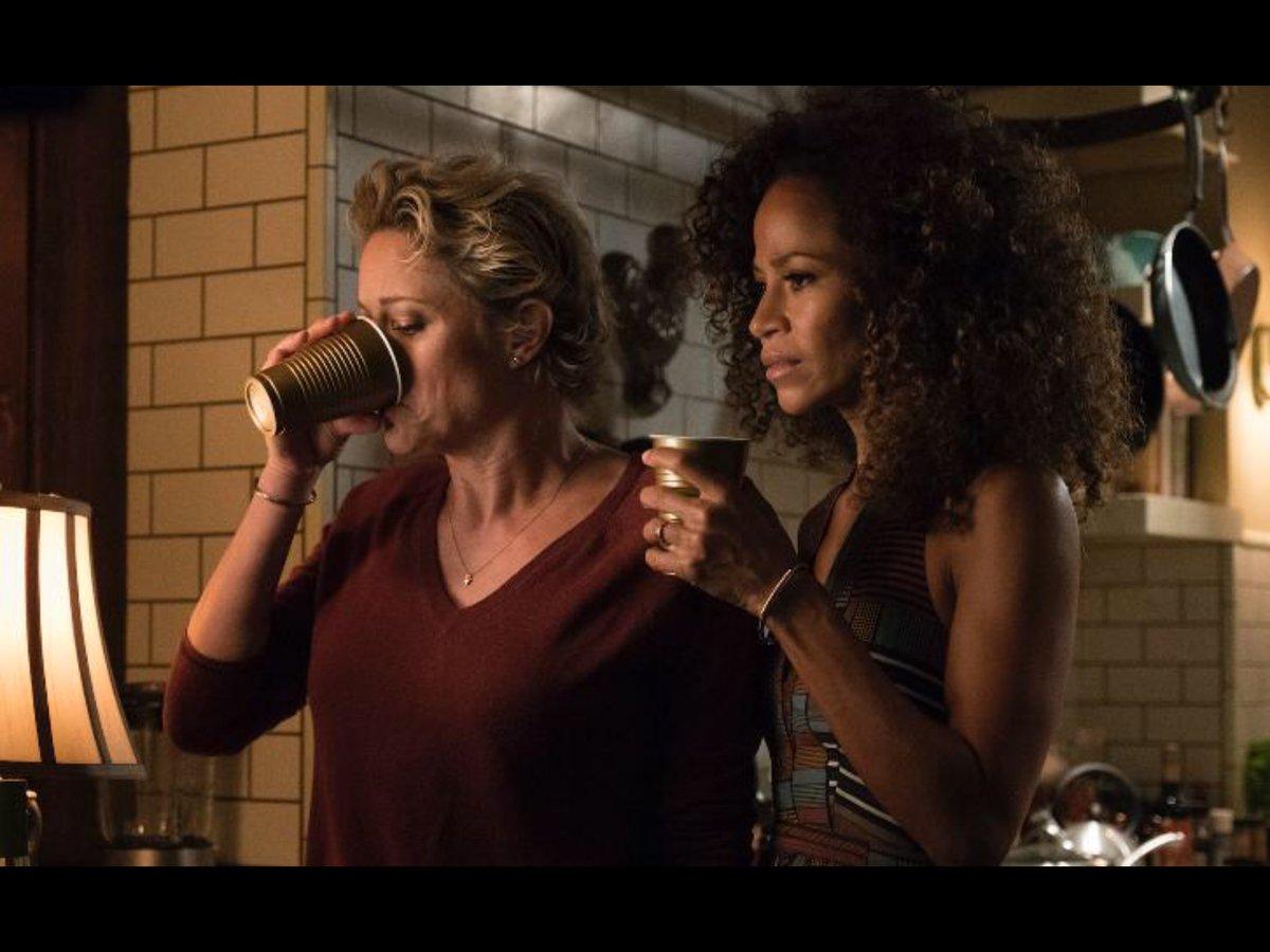Night of Cups #MomMovies #StefandLena <br>http://pic.twitter.com/cC4yA89OFz