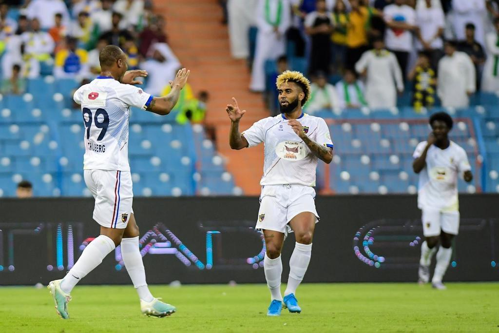 الحزم يحقق انتصاره الأول على حساب النصر في الدوري السعودي