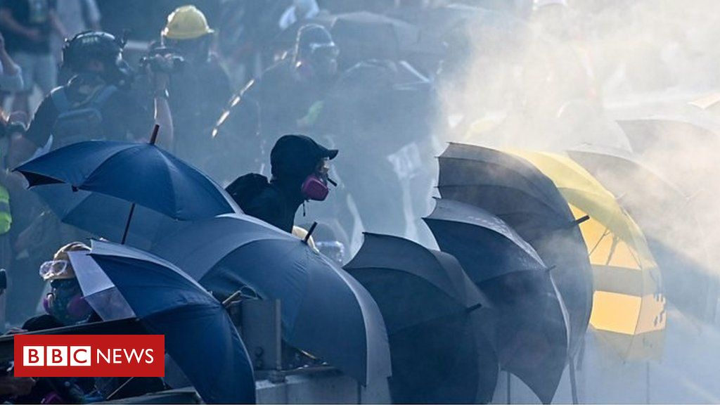 Looking back at 100 days of protests #HongKong has been gripped by huge and at times violent protests since an #extraditionbill was proposed which would have made it possible for people in Hong Kong to be extradited to mainland #China.vía @bbcmundohttps://bbc.in/2kX6WlV