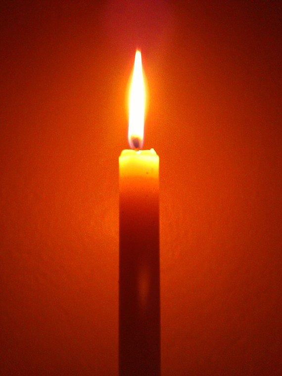 картинка свеча памяти анимация