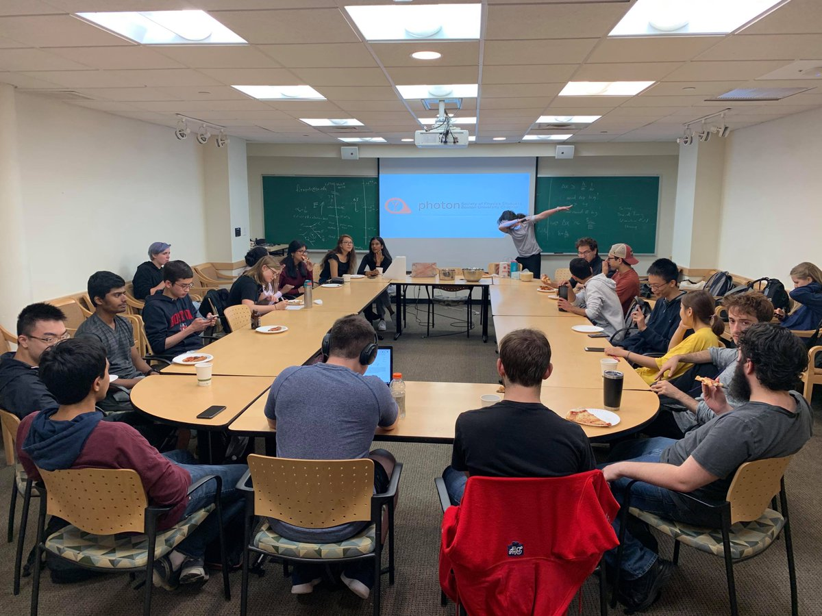 The first meeting of Photon was a blast! Thank you for coming. We hope to see you tonight at 6 pm outside SCI to visit the Museum of Science! https://t.co/mHg9TOA6lx