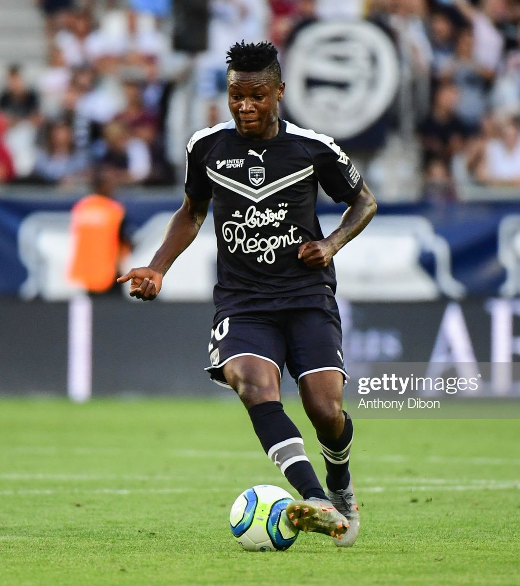 Most Dribbles Won (22) in Europe's  Leagues:  Samuel Kalu  Most Interceptions Made (15) made in Europe's  Leagues:  Wilfred Ndidi  Most Goals (5) in Ligue 1:  Victor Osimhen  Eagles on the rise <br>http://pic.twitter.com/9q8yjuHaAz