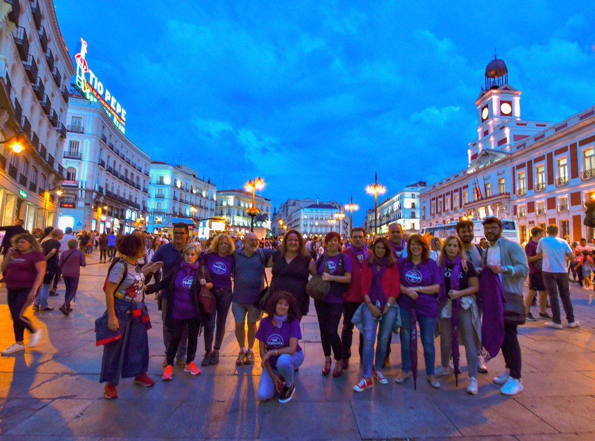 El #20S se ha declarado #EmergenciaFeminista Madrid ha sido #NocheVioleta Las calles se han llenado de #LuzVioleta @UGT_Comunica @EmergenciaFem @Marcha7Nmadrid @feminicidio @CCOO @IgualdadUgt @crisap83 @emparpm @UGTMadrid @CCOOMadrid @MareasCiudadana Fotos @AgustnMilln