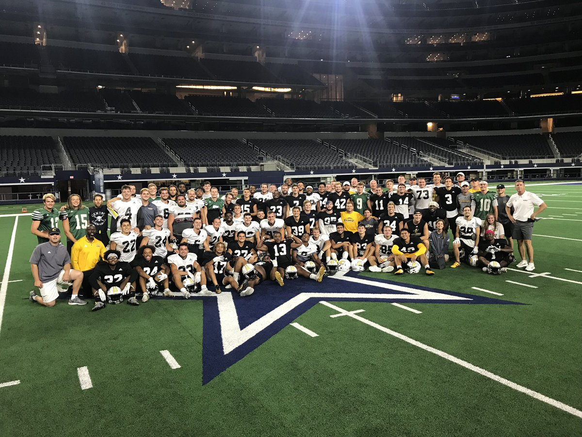 Thanks to the @dallascowboys for allowing us to practice at AT&T Stadium this evening #PEV<br>http://pic.twitter.com/CUcZ8E35OZ