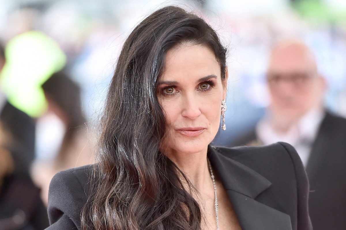 Demi Moore reveals near-death experience from combining drugs - Top Tweets Photo