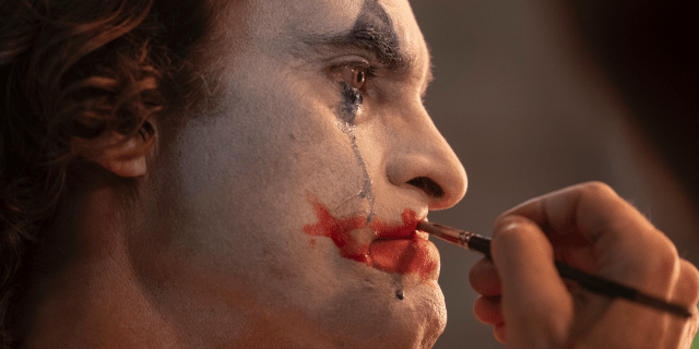 Joaquin Phoenix reveals how he lost over 50 lbs for Joker movie - Top Tweets Photo