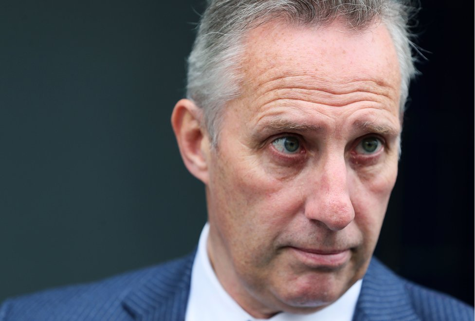 Ian Paisley has issued an apology for criticism he made in an online post about News Letter reporter Sam McBride  https://bbc.in/30CaqsZ